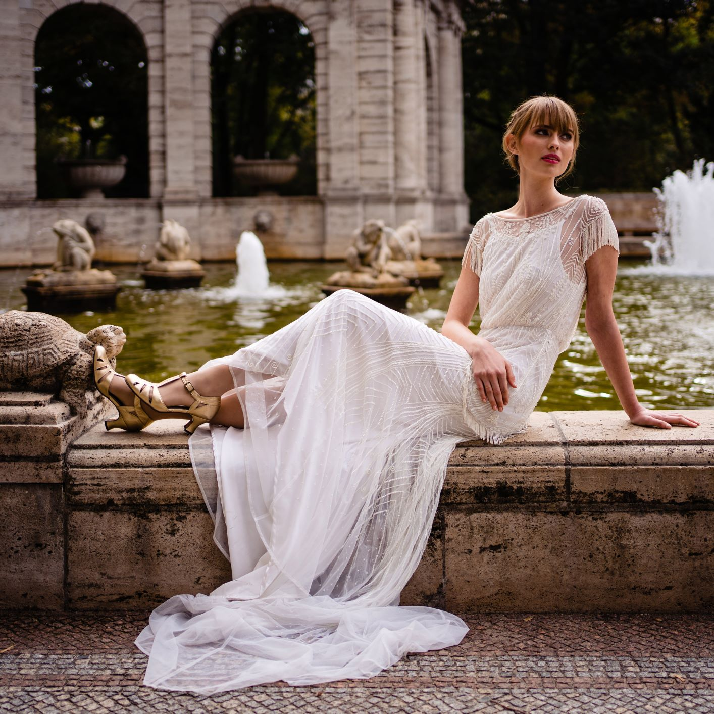 Luxury-Wedding-TildaKnopfBridal-VintageWeddingDress-Gertrude