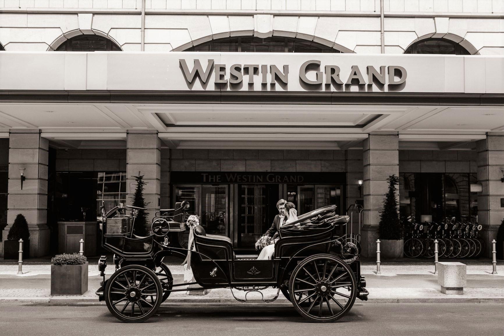 Westin Grand Berlin Hochzeit Kutsche